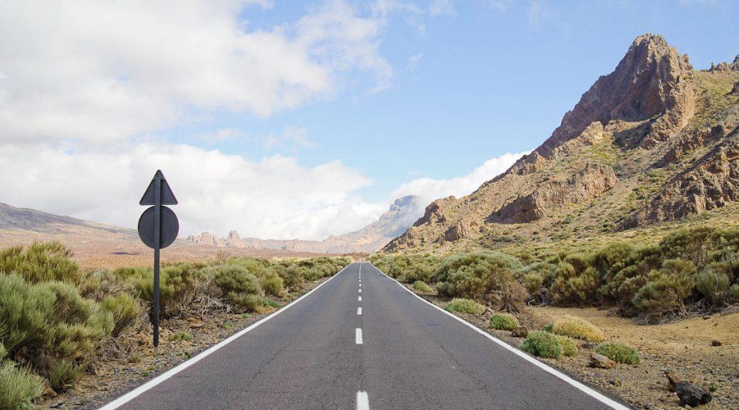 Route vers le pico del Teide